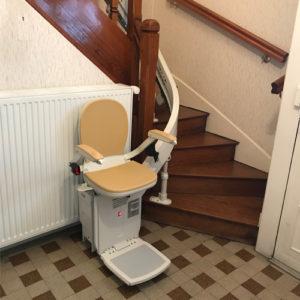 fauteuil-monte escaliers acorn 180