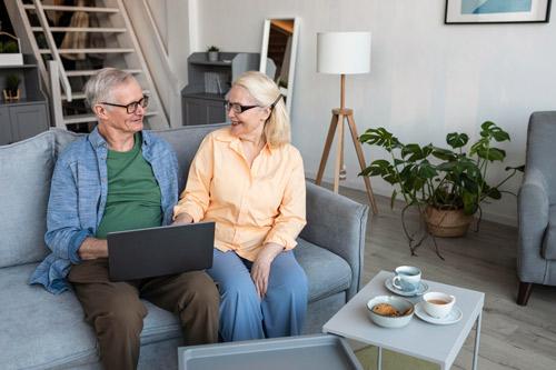 adaptation logement vieillesse travaux aides