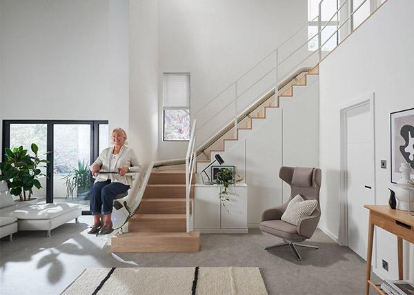 monte escaliers fauteuil